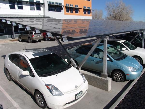 rocky mountain innoshpere solar panels 30,000 Coloradans Petition Xcel Energy Over Solar Issues