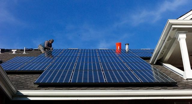 rooftop-solar-install